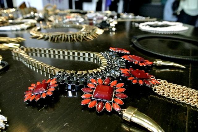 Koovs necklace